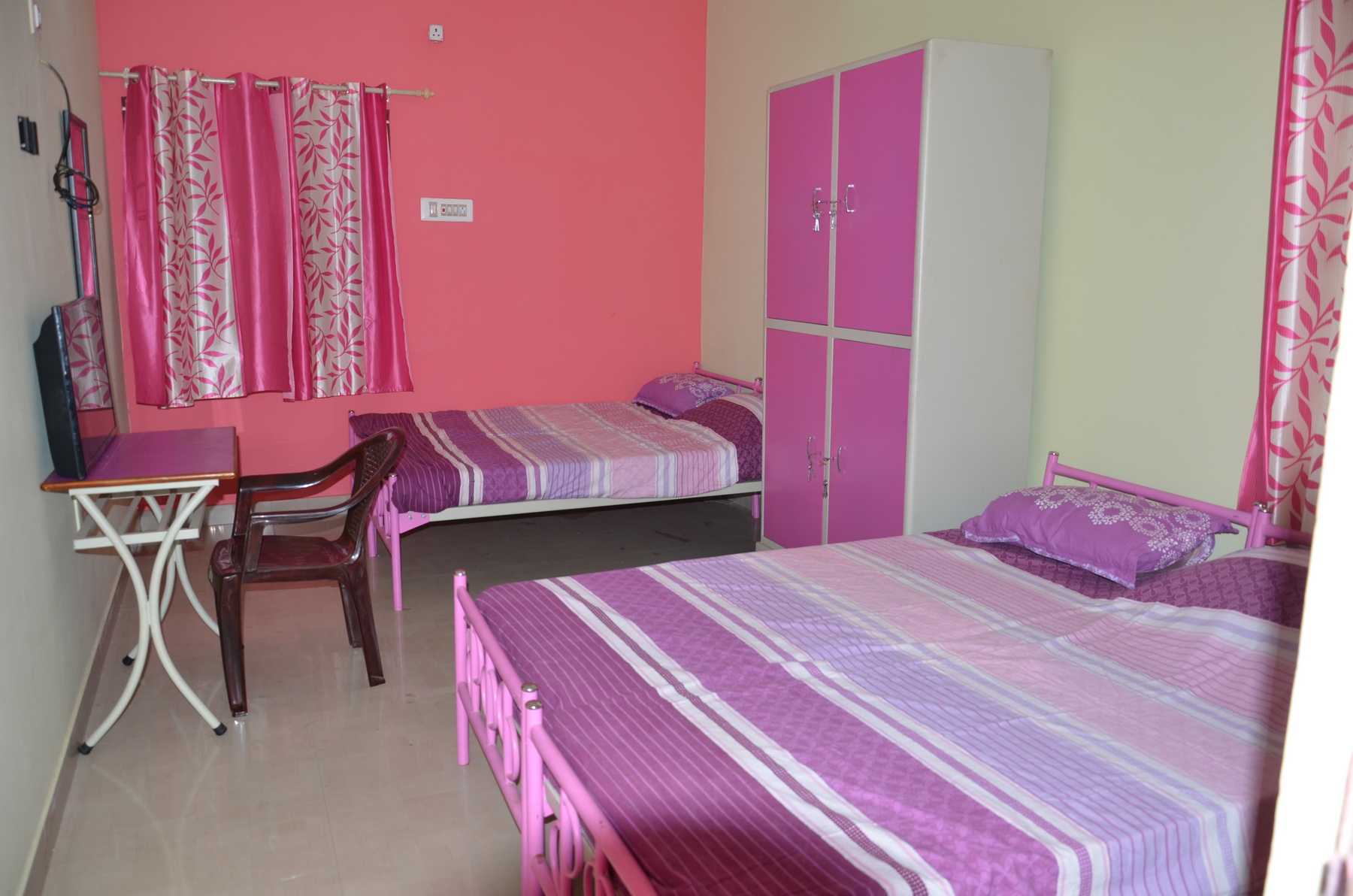 Girls PG hostel in peelamedu.jpg